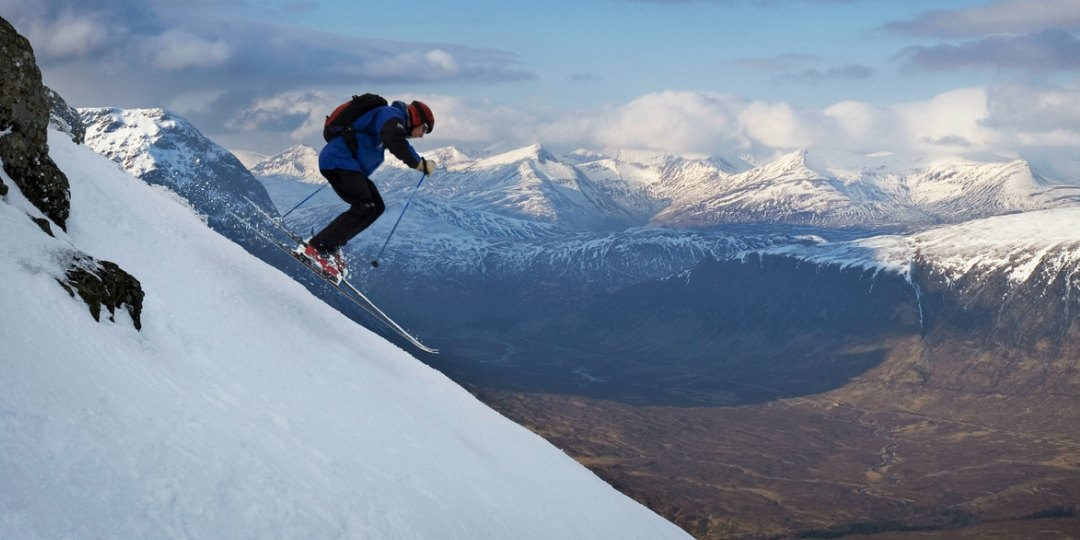 Skiing Glencoe Mountain Centre